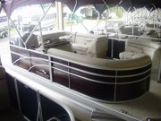 Bennington 20SLX pontoon