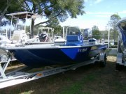 Pre-Owned 2005 Xpress Power Boat for sale