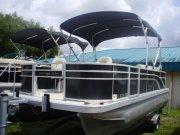 Used 2017 Bennington Power Boat for sale