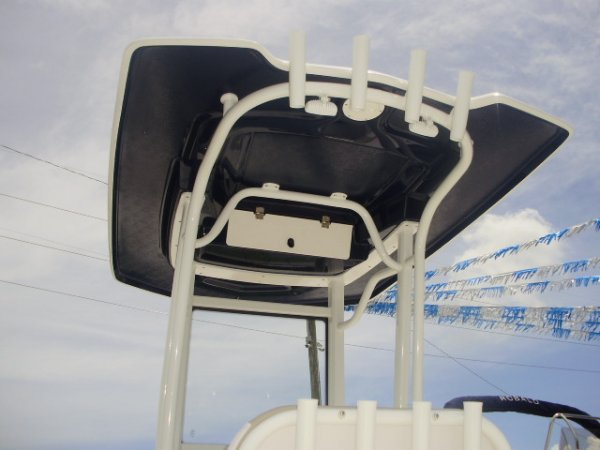 Fiberglass Hard Top 2019 Robalo 246 for sale in INVERNESS, FL