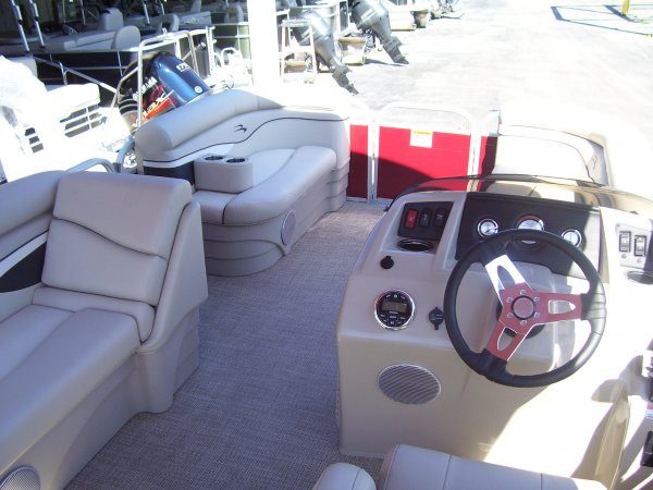 Since its inception in 1997, Bennington Marine has strived to lead the pontoon industry in quality and value. Within 5 years, we received the country's most prestigious customer satisfaction awards from the NMMA and JD Powers.