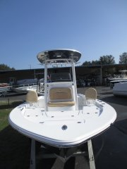 Casting Deck 2019 Sportsman 227 MASTERS PLATINUM for sale in INVERNESS, FL
