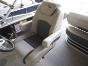 Captains Seat 2019 Bennington 22SSBXPDI Tri_Toon for sale in INVERNESS, FL