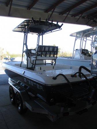 Rear Boarding Ladder 2019 Skeeter SX240 for sale in INVERNESS, FL