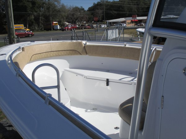 Bow seating 2019 Sportsman 252 Open for sale in INVERNESS, FL