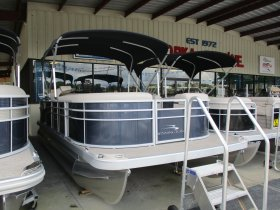 2019 Bennington 20SSX for sale at APOPKA MARINE in INVERNESS, FL