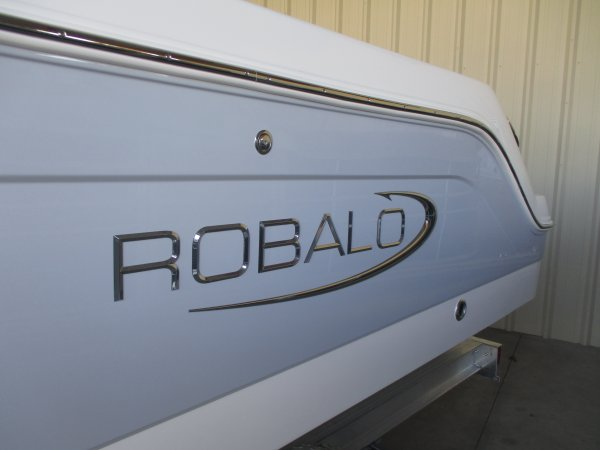 New 2019  powered Power Boat for sale 2019 Robalo 242 Explorer for sale in INVERNESS, FL