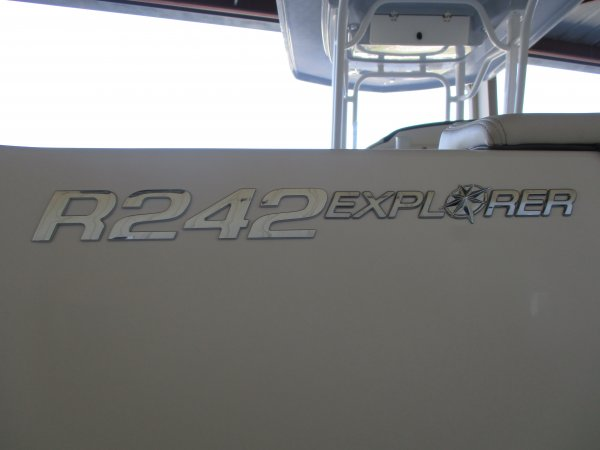 New 2019 Power Boat for sale 2019 Robalo 242 Explorer for sale in INVERNESS, FL