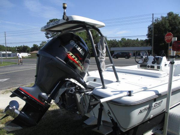 Powered by a Yamaha VMAX115 1998 Action Craft 1820 Flats Master for sale in INVERNESS, FL