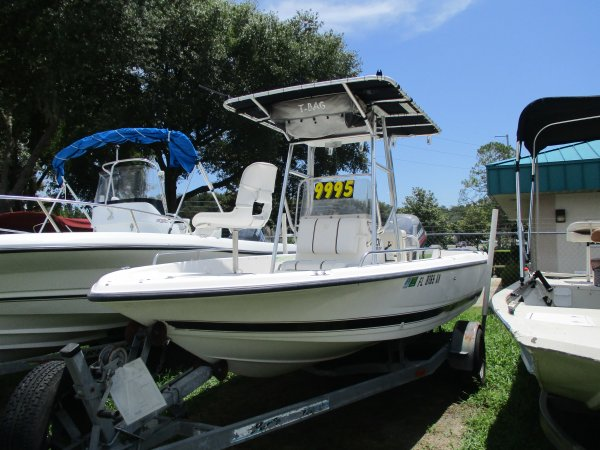 Pre-Owned 1998 Bay Stealth Power Boat for sale 1998 Century 198cc for sale in INVERNESS, FL