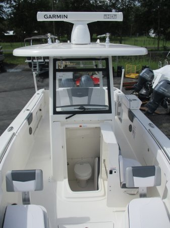 New 2020 Robalo R272 Power Boat for sale 2020 Robalo R272 for sale in INVERNESS, FL