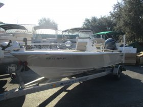 2018 Sportsman 207 Masters for sale at APOPKA MARINE in INVERNESS, FL