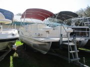 Used 2004  powered Odyssey Boats Boat for sale 2004 Odyssey Boats 2103C for sale in INVERNESS, FL