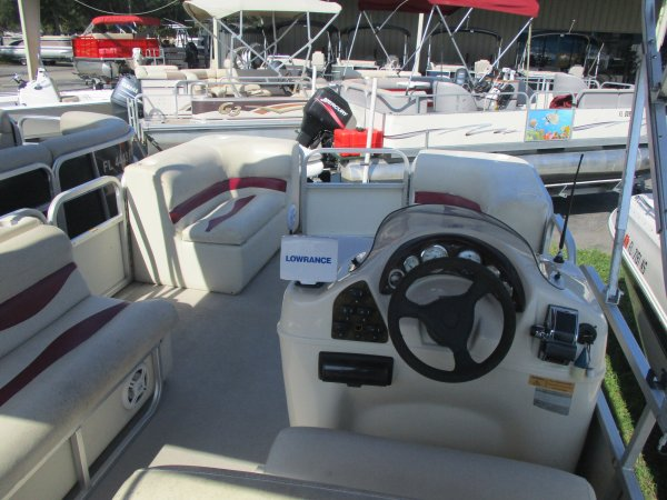 Used 2004 Odyssey Boats 2103C Power Boat for sale 2004 Odyssey Boats 2103C for sale in INVERNESS, FL