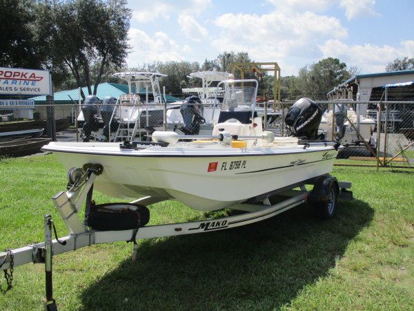 Used 2012  powered Mako Boat for sale 2012 Mako Por 16 Skiff CC for sale in INVERNESS, FL