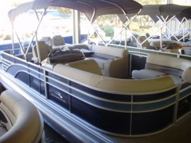 2020 Bennington 22GBR for sale at APOPKA MARINE in INVERNESS, FL