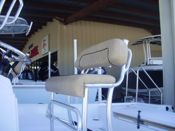 Leaning Post with Rod Holders 2020 Sportsman 214 SBX for sale in INVERNESS, FL