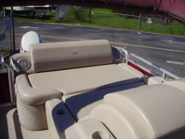 Pre-Owned 2013  powered Avalon Pontoon Boat for sale 2013 Avalon Pontoon 2485 DLR for sale in INVERNESS, FL