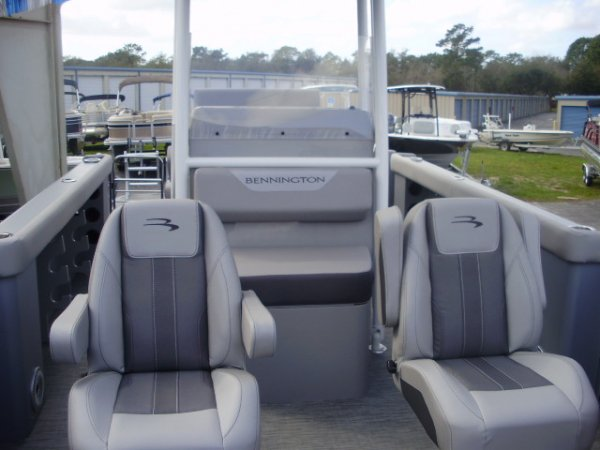 Front Fishing Seats 2020 Bennington 22SCCTTX for sale in INVERNESS, FL