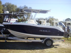 2016 Robalo R180 for sale at APOPKA MARINE in INVERNESS, FL