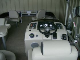 2020 Bennington 21SFX Tri-toon for sale at APOPKA MARINE in INVERNESS, FL