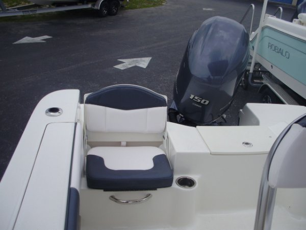 Jump Seats 2020 Robalo R200 for sale in INVERNESS, FL