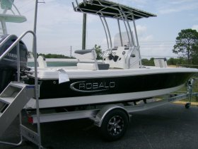 2020 Robalo 206 for sale at APOPKA MARINE in INVERNESS, FL