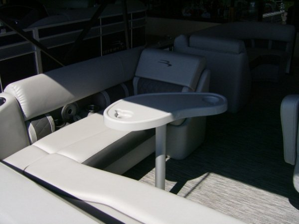 New 2021 Power Boat for sale 2021 Bennington 22 Swingback Tri-toon for sale in INVERNESS, FL