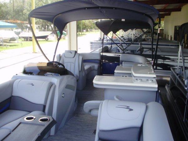 New 2021 Bennington Power Boat for sale 2021 Bennington 25GSRB Tri-toon for sale in INVERNESS, FL