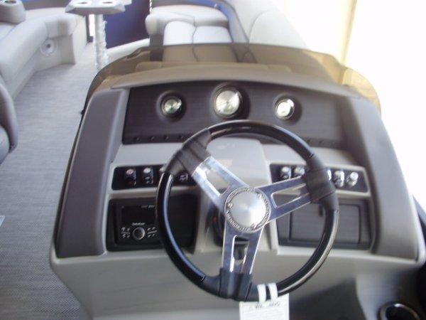 Helm 2021 Bennington 25GSRB Tri-toon for sale in INVERNESS, FL