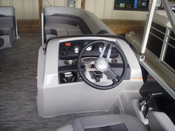 Helm 2021 Bennington 21SSX Tritoon for sale in INVERNESS, FL
