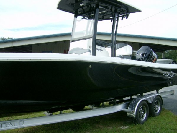 New 2021  powered Power Boat for sale 2021 Robalo 246 Cayman for sale in INVERNESS, FL