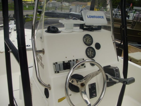 Lowrance FF/GPS 2013 Keywest Boats 186 Bayreef for sale in INVERNESS, FL