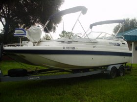 2004 Hurricane 26 Splendor for sale at APOPKA MARINE in INVERNESS, FL