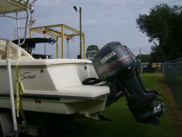 Pre-Owned 2021 Power Boat for sale 2000 Scout Boats 260 Cabrio for sale in INVERNESS, FL