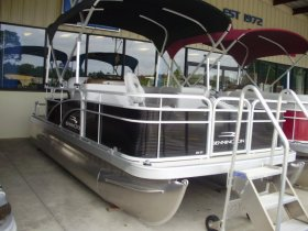 2021 Bennington 188SFV for sale at APOPKA MARINE in INVERNESS, FL