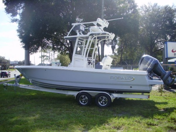 2021 Robalo 246SD with a Yamaha 300 2021 Robalo 246 SD for sale in INVERNESS, FL