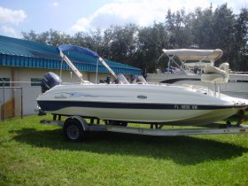 2007 Nautic Star 205DC for sale at APOPKA MARINE in INVERNESS, FL
