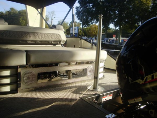 Ski Tow Bar 2021 Bennington 23LTSB Tritoon for sale in INVERNESS, FL