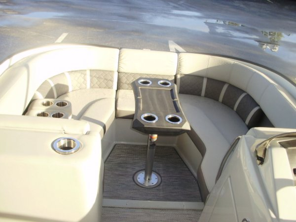 Bow Seating 2021 Bennington 23LTSB Tritoon for sale in INVERNESS, FL