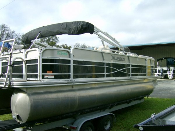 Pre-Owned 2013  powered Xcursion Boat for sale 2013 Xcursion X23RFC for sale in INVERNESS, FL
