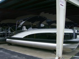 2021 Bennington 25RXSB for sale at APOPKA MARINE in INVERNESS, FL