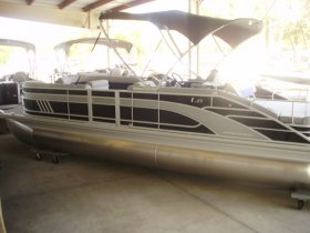 2021 Bennington 25LSB for sale at APOPKA MARINE in INVERNESS, FL