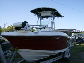 2014 Robalo R200 for sale at APOPKA MARINE in INVERNESS, FL