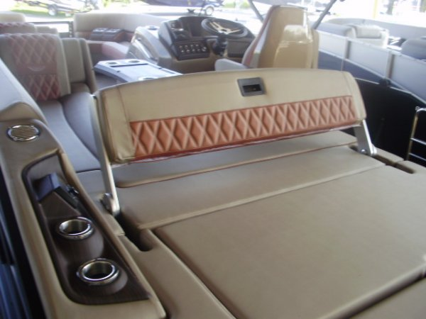 Swingback Seat 2022 Bennington 23RSB for sale in INVERNESS, FL