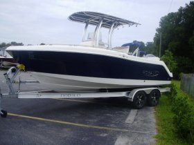 2022 Robalo R222 for sale at APOPKA MARINE in INVERNESS, FL
