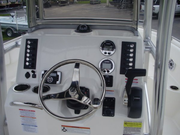 New 2022 Power Boat for sale 2022 Robalo R222 for sale in INVERNESS, FL