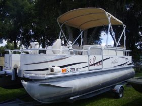 2010 Suncruiser 820 for sale at APOPKA MARINE in INVERNESS, FL