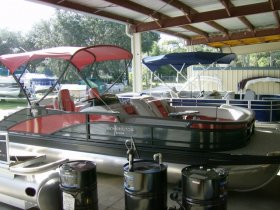 2022 Bennington 24RTSB for sale at APOPKA MARINE in INVERNESS, FL